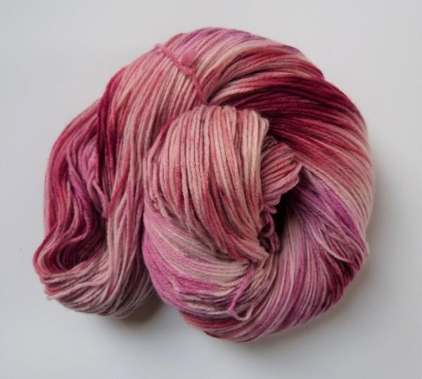 Hightwist Sockenwolle handgefärbt 100g Kirschblüte
