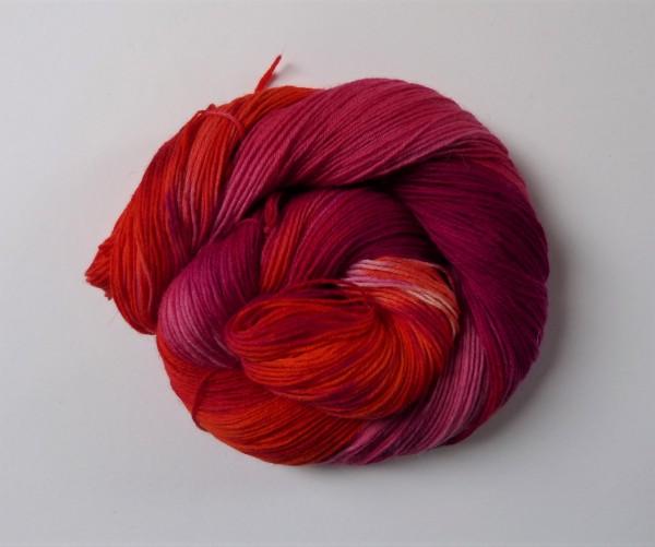 Sockenwolle handgefärbt 100g, Feuerrot II