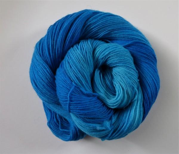 Sockenwolle handgefärbt 100g, Pazifikblau