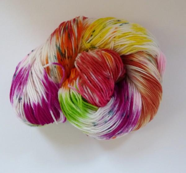 High Twist Sockenwolle handgefärbt 100g, Obstsalat