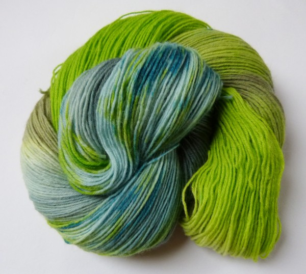 Sockenwolle handgefärbt 100g, Frühlingswald